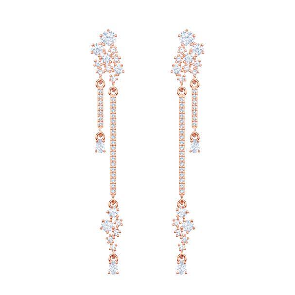 Aretes-largos-Penelope-Cruz-Moonsun-blanco-baño-de-oro-rosa